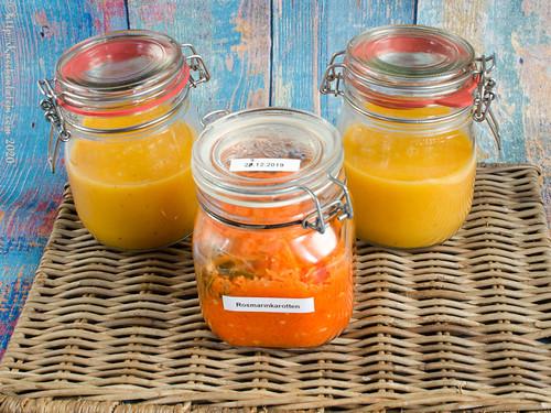 Birnen-Möhrensuppe mit fermentierten Rosmarinkarotten (2)