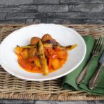 Frikadellen mit Tomaten – Salçali Köfte