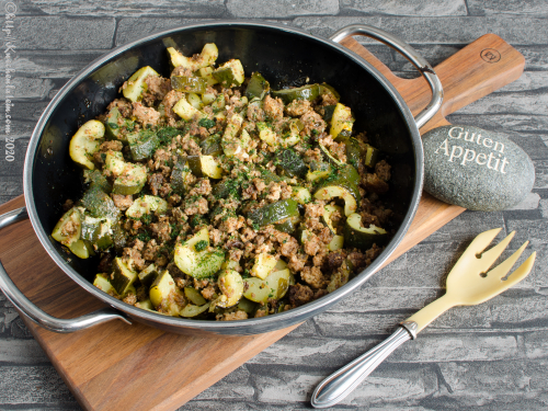 Baked courgettes_zucchini with minced meat