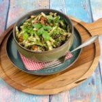 Nudelsalat mit gerösteter Aubergine, Chili und Minze