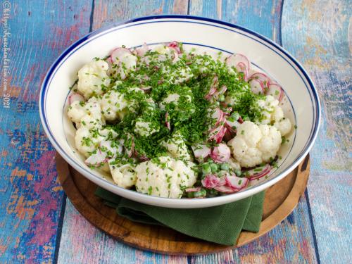 Blomkålssalat med rugbrød - Blumenkohlsalat mit Roggenbrot